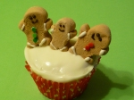 gingerbread men cupcake