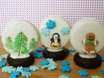 Edible snow globes