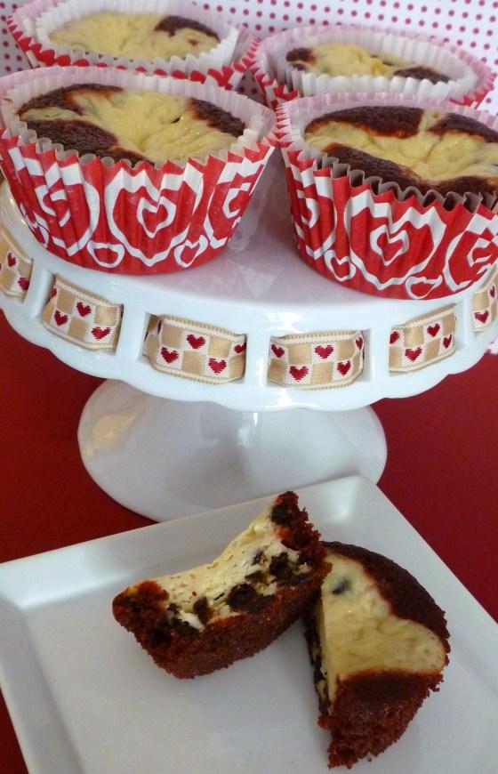 red velvet bottom cupcakes
