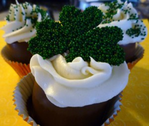 St. Patrick's Day Marshmallow Cupcakes