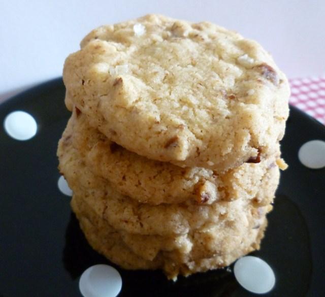 Brown butter, sea salt, pecan cookies