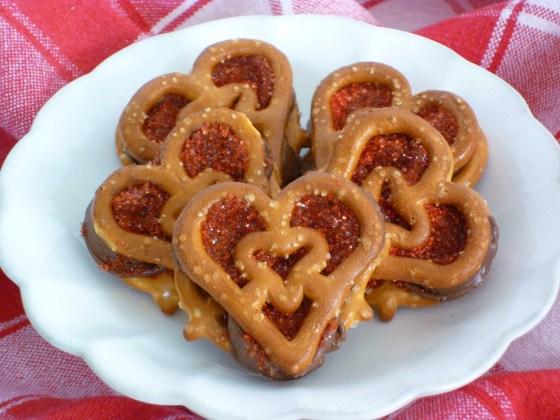 Valentine pretzels - Heartzels