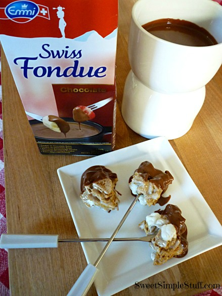 Golden Graham S'mores Emmi Swiss Fondue
