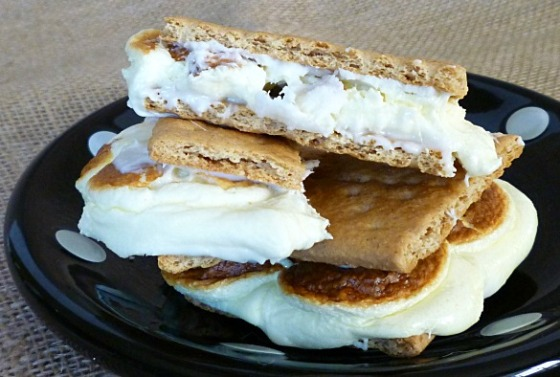 White chocolate lemon s'mores