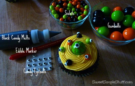 Eyeball Eye of Newt Cupcakes Sixlets Gumballs