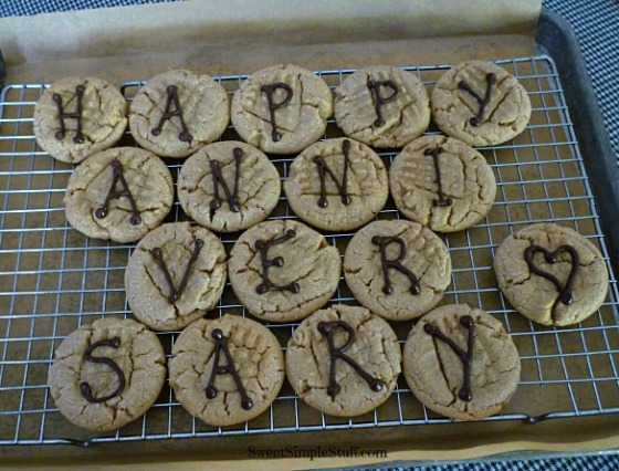 happy anniversary cookies