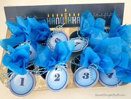 Hanukkah calendar