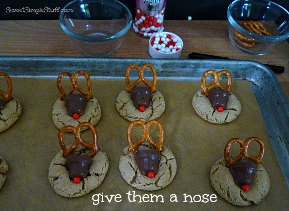 reindeer cookies red nose