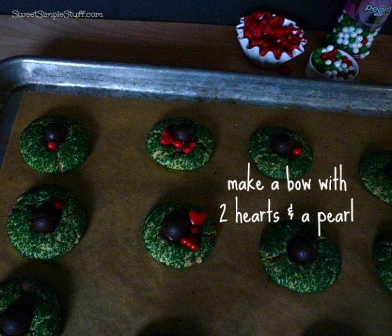 wreath bow cookies