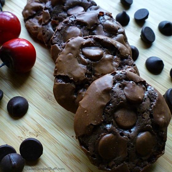 P1030546 flourless chocolate cherry cookies