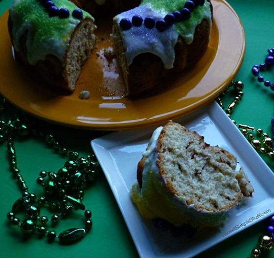 P1030688 easy king cake