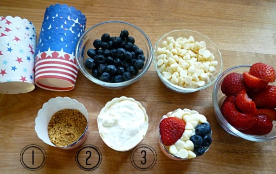 Red, white & blue cheesecake cup