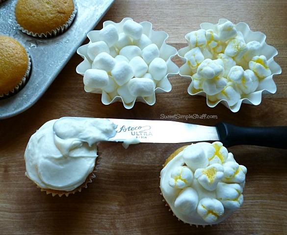 Popcorn Cupcakes - SweetSimpleStuff.com