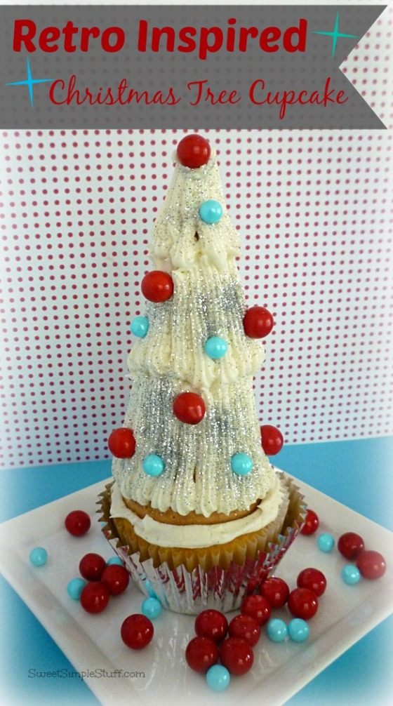 Retro Inspired Christmas Tree Cupcake