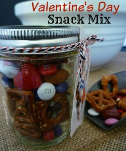 Valentine's Day Snack Mix - SweetSimpleStuff.com
