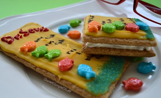Dr. Seuss One Fish Two Fish Cookies by SweetSimpleStuff