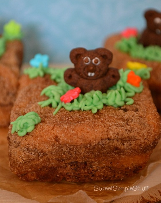 Groundhog Day Cupcakes - SweetSimpleStuff