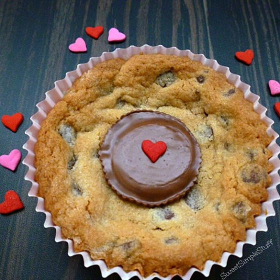 Valentine's Day Peanut Butter Chocolate Chip Cookies - SweetSimpleStuff